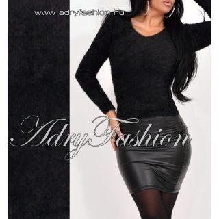 Natasha fekete V - kivágott szőrös mohair jellegű pulcsi