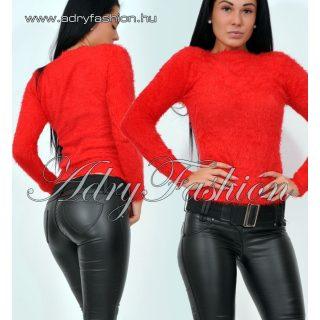 Natasha piros csónak nyakú szőrös pulcsi