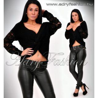 Adél fekete színű pulcsi