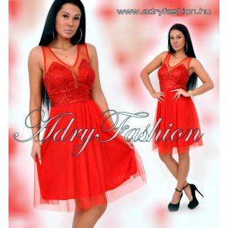 Piros színű  flitterrel díszített alkalmi tüllös ruha