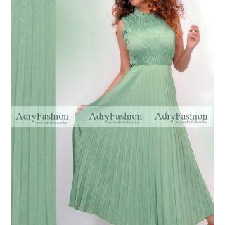 Zöld színű mellénél gumírozott plisszírozott maxi női ruha - öv nélkül