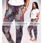 Kék - fehér - piros mintás  zsebes  nadrág