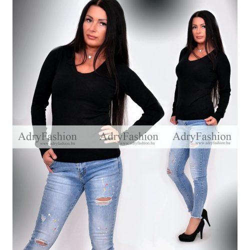 Fekete színű  V kivágott puha kötött pulóver