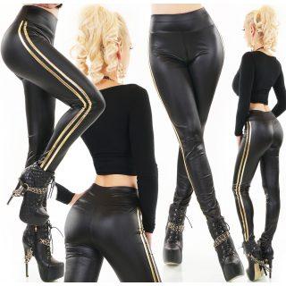Fekete bőrhatású nadrág oldalán arany pánttal