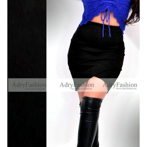 Fekete elöl csíkozott velúr női szoknya