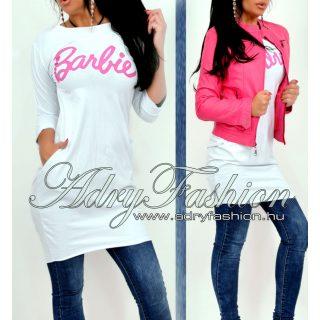 Fehér színű zsebes női ruha Barbie felirattal
