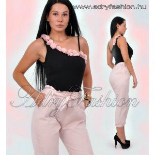 Fekete pántos női body rózsaszín virág dísszel