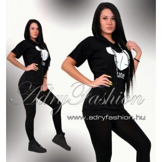 Fekete kapucnis zsebes tunika