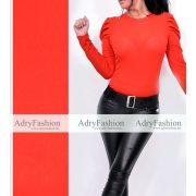 Piros színű vállánál buggyos bordás női felső