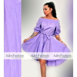 Lila színű, derekán szalagos női ruha